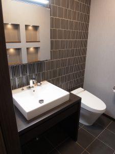 施工事例 シックな大人リフォーム トイレ 2F