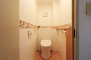 施工事例タイルおしゃれなトイレ